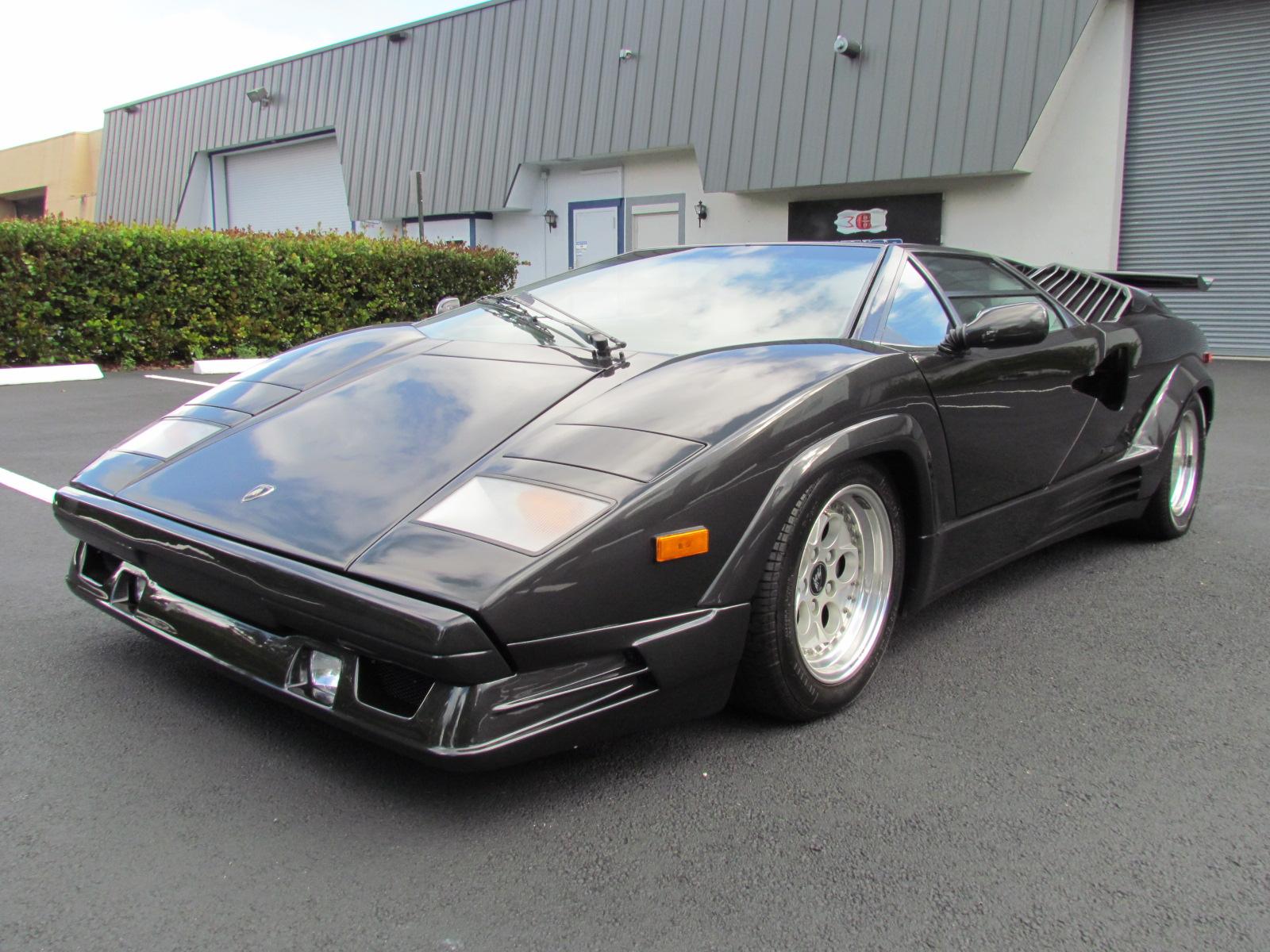 1990 Lamborghini Countach 25th Anniversario