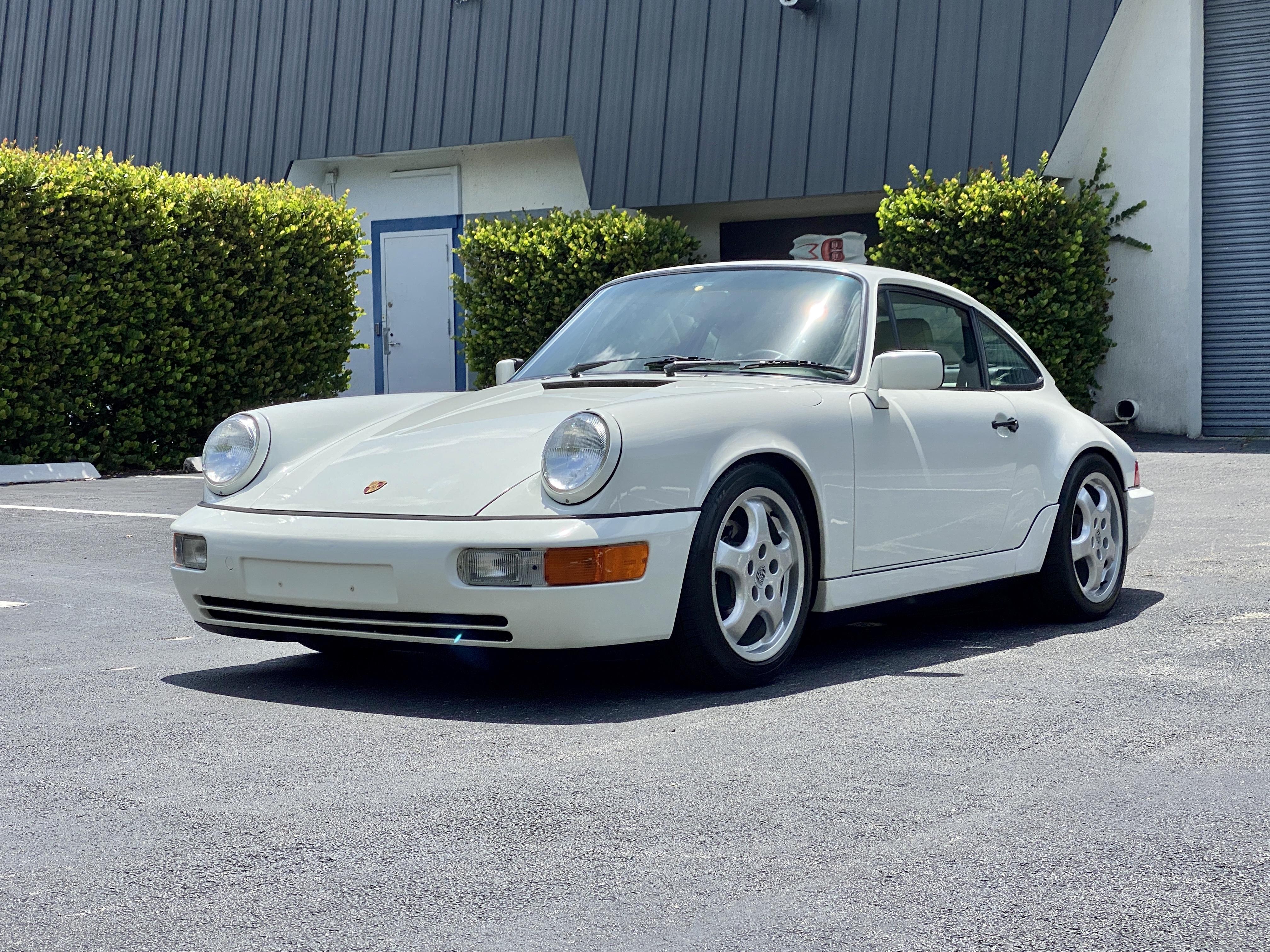 1990 Porsche Carrera 4